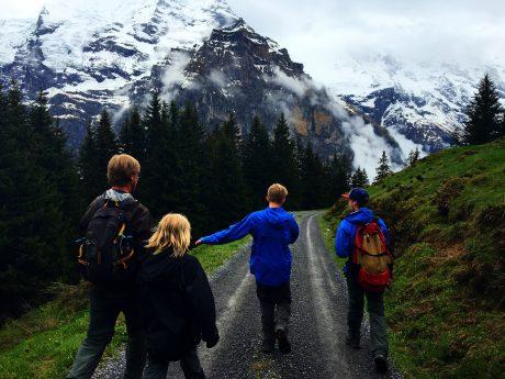 Hiking from Winteregg to Mürren.