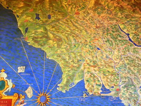 We loved the map paintings of Italy's different regions. They date back to 1582, and were all completed in 33 months, and, compared to Google Maps, their accuracy is 95%.