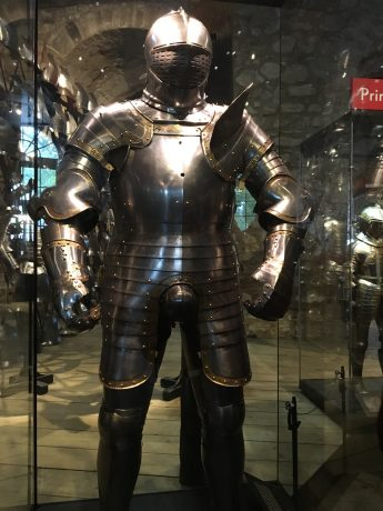 We enjoyed the Line of Kings, which displayed armour of all kinds. Here is King Henry VIII's armour. (At times, the king's armour weighed 90 pounds!)